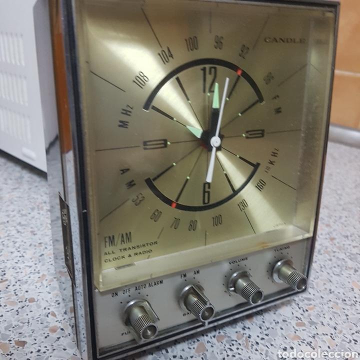 RADIO PEQUEÑA ANTIGUA (Radios, Gramófonos, Grabadoras y Otros - Transistores, Pick-ups y Otros)