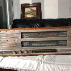Radios antiguas: RADIO TRANSISTOR BLAUPUNKT GERMANY SIN PROBAR VARIAS BANDAS. Lote 195073943