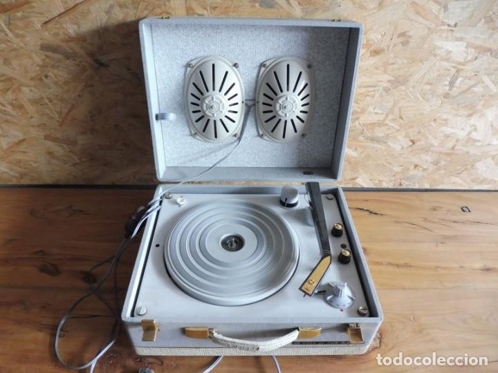 Radios antiguas: TOCADISCOS LA VOZ DE SU AMO - AÑOS 50 - Foto 2 - 195159408