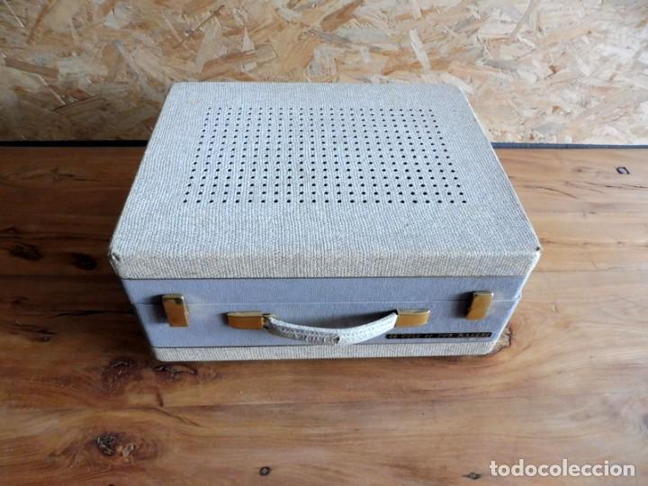 Radios antiguas: TOCADISCOS LA VOZ DE SU AMO - AÑOS 50 - Foto 8 - 195159408