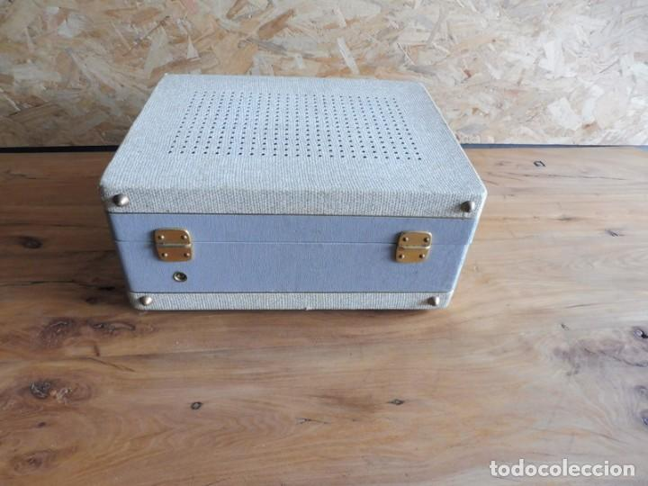 Radios antiguas: TOCADISCOS LA VOZ DE SU AMO - AÑOS 50 - Foto 9 - 195159408
