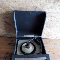 Radios antiguas: TOCADISCOS AMERICANO MARCA WEBCOR - AÑOS 60. Lote 195159580