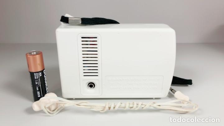Radios antiguas: Radio Sanyo RP 1270, funciona, ver vídeo. - Foto 7 - 195323958
