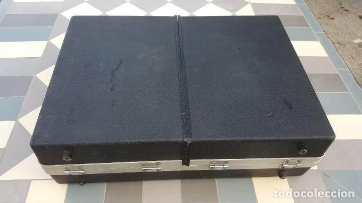 Radios antiguas: Sanyo Solid State Stereo Music Centre Model G-2615N Equipo Portátil Tocadiscos, Cassette, Radio FM - Foto 12 - 195339457