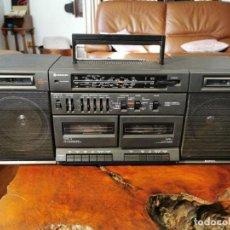 Radios antiguas: RADIO CASETTE GRABADOR HITACHI TRK-W530E - VINTAGE. STEREO SOUND SYSTEM. RETRO. Lote 195416297