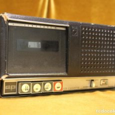 Radios antiguas: ANTIGUO RADIO CASSETE VANGUARD, NO FUNCIONA.. Lote 195465438
