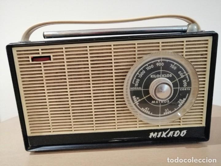 ANTIGUO RADIO TRANSISTOR MARCA *MIKADO* LEER DESCRIPCIÓN!! (Radios, Gramófonos, Grabadoras y Otros - Transistores, Pick-ups y Otros)