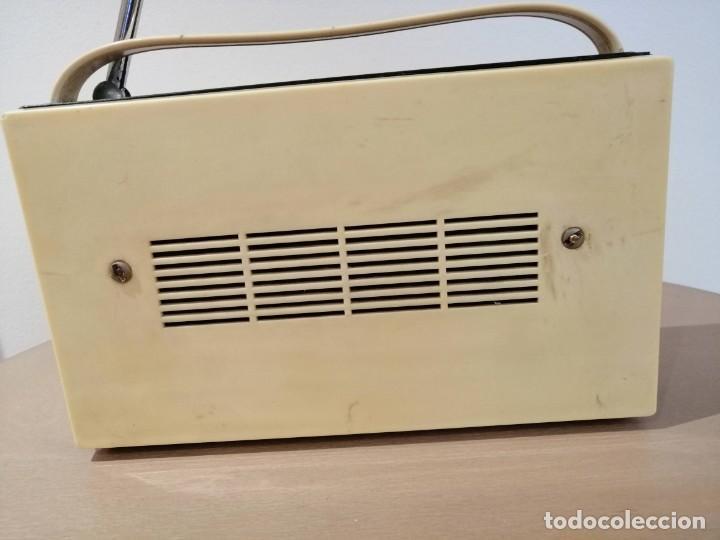 Radios antiguas: ANTIGUO RADIO TRANSISTOR MARCA *MIKADO* leer descripción!! - Foto 3 - 195512688