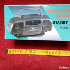 Radios antiguas: RADIO PORTABLE SUNNY. Lote 195987662
