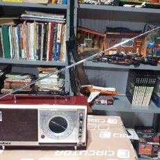 Radios antiguas: ORIGINAL RADIO INTER 1955 / 1960 COMPLETA LEER DESCRIPCIÓN. Lote 196112822