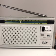 Radios antiguas: RADIO OSKAR IC M-70, FUNCIONA, VER VÍDEO.. Lote 196265263