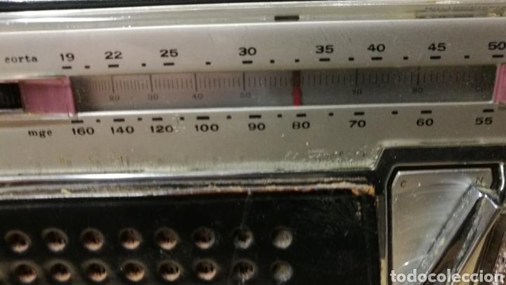 Radios antiguas: ANTIGUA RADIO TRANSITOR MARCA LAVIS - Foto 4 - 196377692