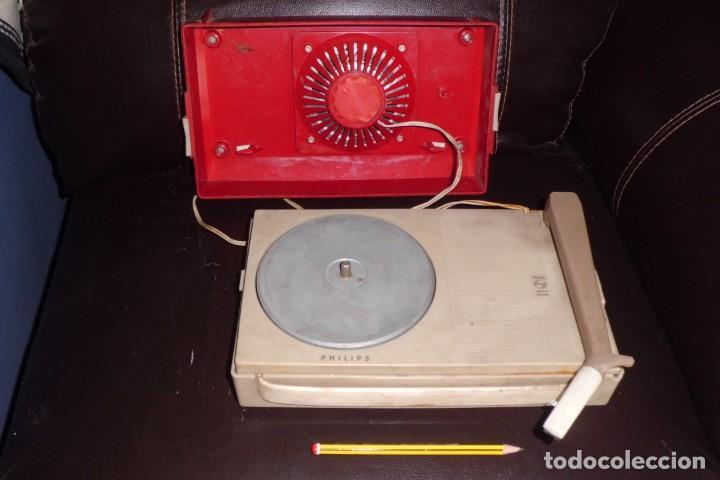 TOCADISCOS PHILIPS MINIATURA, AÑOS 50 (Radios, Gramófonos, Grabadoras y Otros - Transistores, Pick-ups y Otros)