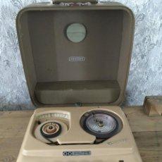 Radios antiguas: DICTÁFONO GRUNDIG STENORETT. AÑO 1965/1969.ENCIENDE A 220V. Lote 197574886
