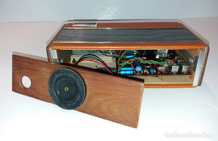 Radios antiguas: PRECIOSO RADIO TRANSISTOR RAMBLER VINTAGE AÑOS 60s - Foto 13 - 197712640