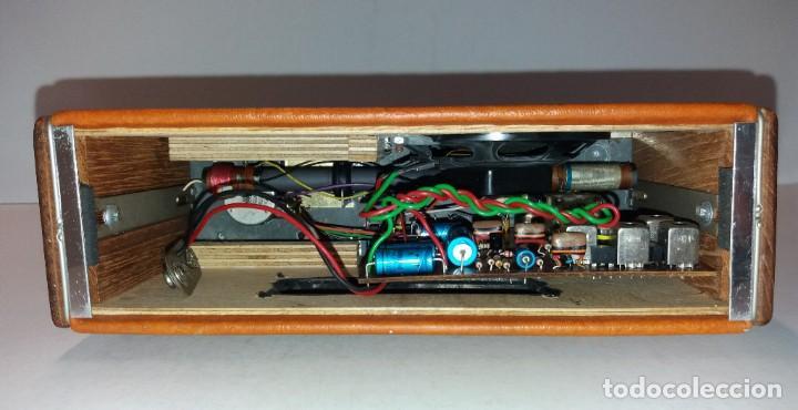 Radios antiguas: PRECIOSO RADIO TRANSISTOR RAMBLER VINTAGE AÑOS 60s - Foto 16 - 197712640