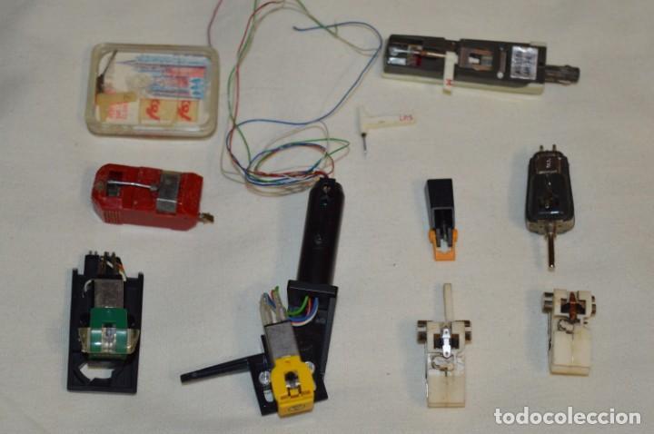 Radios antiguas: Antiguo lote / PORTA CAPSULAS y CAPSULAS / De giradiscos / tocadiscos - Marcas varias - ¡Mira! - Foto 2 - 197770733