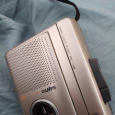 Radios antiguas: COMPACT CASSETTE RECORDER SANYO TALK-BOOK VAS. Lote 198306705