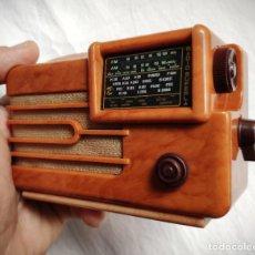 Radios Anciennes: SUPERLA 537 - 1938 - ITALIA - COLECCIÓN RADIOS DE ANTAÑO - MINIATURA - FUNCIONA. Lote 198934220