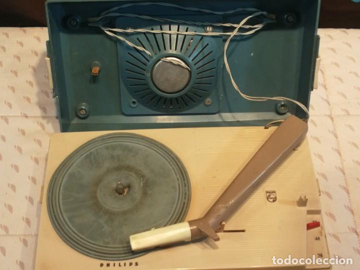 Radios antiguas: TOCADISCO EN MALETA PHILLIPS ALL TRANSITOR - Foto 2 - 199229805