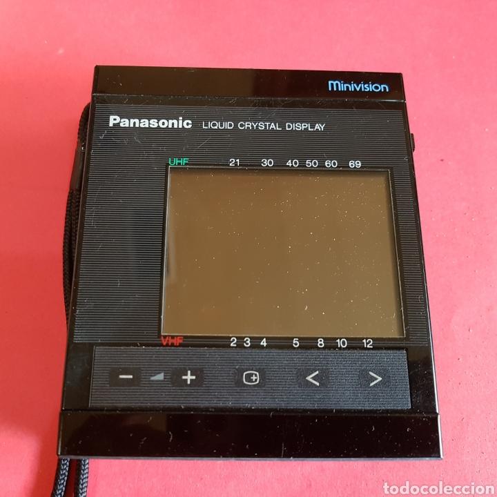 Radios antiguas: TELEVISIÓN PORTÁTIL PANASONIC MINIVISION - Foto 2 - 199498258
