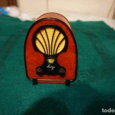 Rádios antigos: LOTE DE RADIOS EN MINIATURA - COLECCIÓN RADIOS DE ANTAÑO (48 RADIOS). Lote 199689695