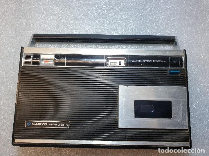 Radios antiguas: RADIO CASSETTE SANYO MODELO MR-4112F - Foto 2 - 199955235