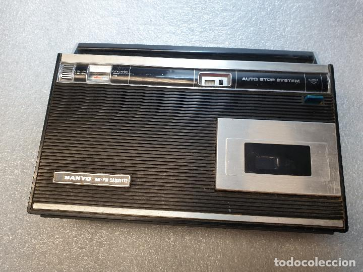 Radios antiguas: RADIO CASSETTE SANYO MODELO MR-4112F - Foto 4 - 199955235