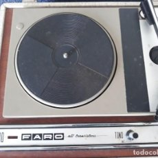 Radios antiguas: TOCADISCOS ANTIGUO MARCA FARO 330. Lote 201242375