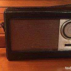 Radios antiguas: ANTIGUO TRANSISTOR INTER CONSERVA FUNDA. Lote 202777491
