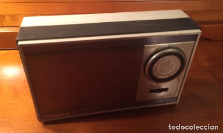 Radios antiguas: Antiguo transistor Inter conserva funda - Foto 11 - 202777491