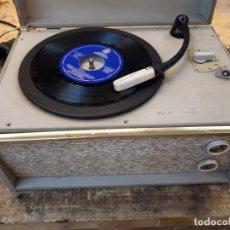 Radios antiguas: TOCADISCOS PHILIPS DISC JOCKEY JUNIOR. Lote 203300318