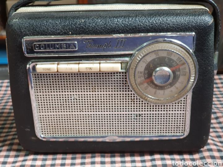 RADIO TRANSISTOR COLUMBIA TRIUMPH III. (Radios, Gramófonos, Grabadoras y Otros - Transistores, Pick-ups y Otros)