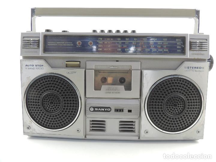 Usado, VINTAGE RADIO TRANSISTOR CASSETTE RECORDER MARCA SANYO 4 BAND - AÑOS 70-80 segunda mano