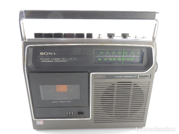 VINTAGE RADIO TRANSISTOR CASSETTE-CORDER MARCA SONY - AÑOS 70-80 (Radios, Gramófonos, Grabadoras y Otros - Transistores, Pick-ups y Otros)