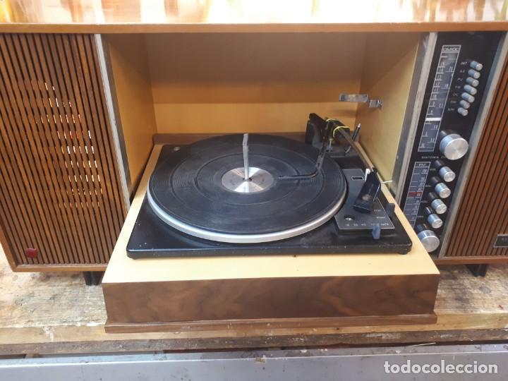GENERAL ELÉCTRICA ESPAÑOLA, MUEBLE RADIO Y TOCADISCOS. (Radios, Gramófonos, Grabadoras y Otros - Transistores, Pick-ups y Otros)