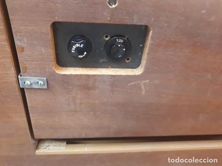 Radios antiguas: General Eléctrica Española, mueble radio y tocadiscos. - Foto 30 - 204661712