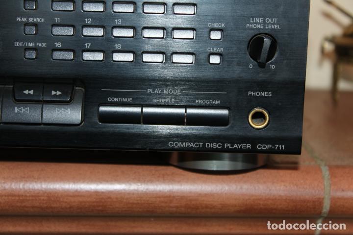 Radios antiguas: REPRODUCTOR CD MARCA SONY MODELO CDP711 CON MANDO A DISTANCIA - Foto 3 - 204796537