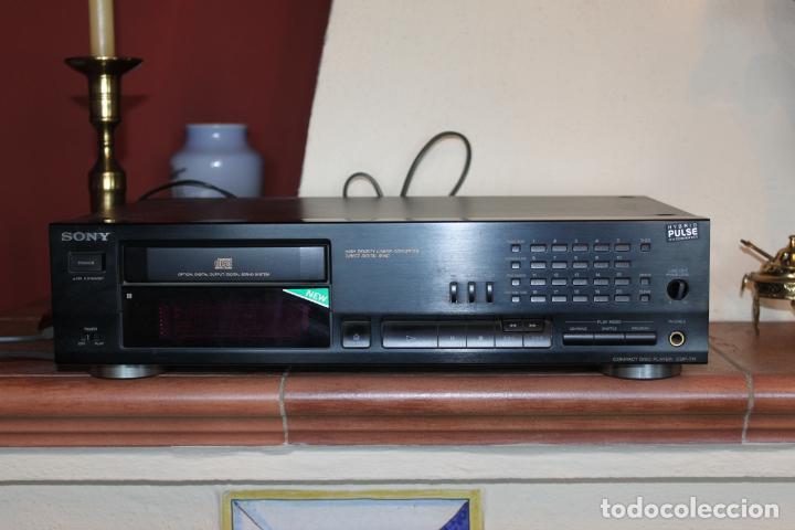 REPRODUCTOR CD MARCA SONY MODELO CDP711 CON MANDO A DISTANCIA (Radios, Gramófonos, Grabadoras y Otros - Transistores, Pick-ups y Otros)