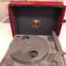 Radios antiguas: TOCADISCOS INVICTA MINOR T. Lote 204839008