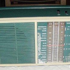 Radios antiguas: RADIO TRANSISTOR LAVIS 922 AM. FUNCIONA.VER VIDEO. Lote 205545561