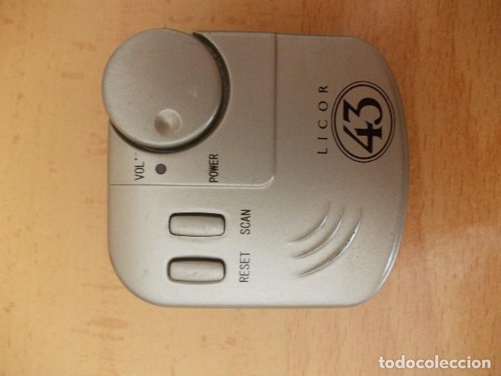 Radios antiguas: mini radios Palito Pa982 y licor 43 - Foto 3 - 206310665