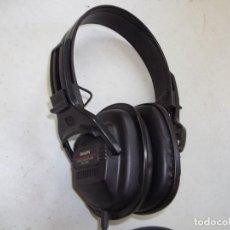 Radios antiguas: CASCOS PHILIPS. Lote 206991466