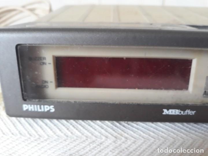Radios antiguas: ANTIGUO RADIO RELOJ PHILIPS - Foto 2 - 206992878