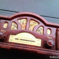 Radios antiguas: PEQUEÑO SINTONIZADOR DE RADIO.- IMITACIÓN MODELO ANTIGUO. Lote 207122242