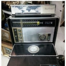 Radios antiguas: RADIO ZENITH SOLID STATE TRANS - OCEANIC ROYAL D 7000 Y. MDR70.CHICAGO USA.IZQUIERDA EN DORADO.RARA.. Lote 207296058