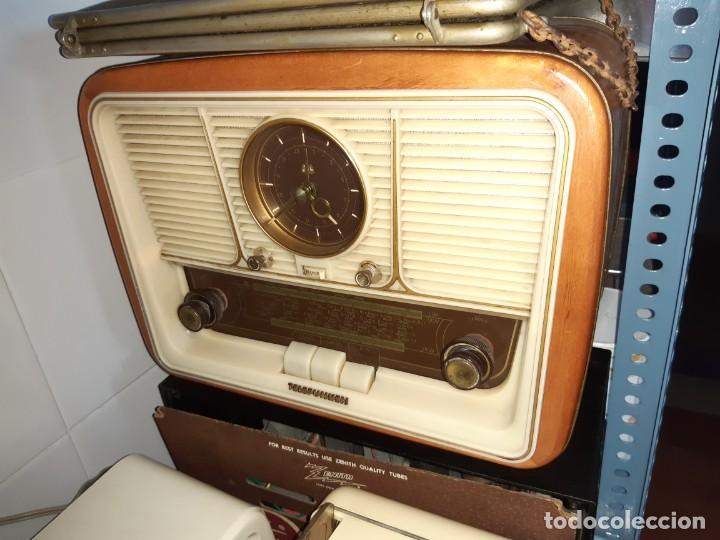 Radios antiguas: Antigua radio válvulas telefunken jubilate con reloj - Foto 2 - 207440967