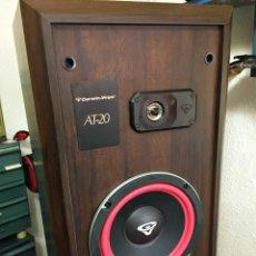Radios antiguas: PAREJA DE ALTAVOCES EN MADERA VINTAGE AMERICANOS CERWIN VEGA AT-20. Lote 208974390