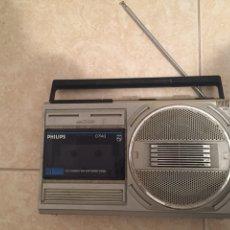 Radios antiguas: PHILLIPS - RADIO CASSETTE - EN BUEN ESTADO GENERAL - INCLUYE ADAPTADOR AC CORRIENTE - D7143. Lote 209562696