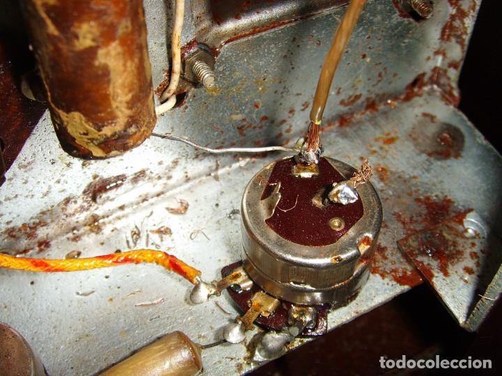 Radios antiguas: RADIO A VALVULAS SIN MARCA - Foto 4 - 211723161
